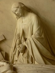 Monument to Sarah Baroness Braye