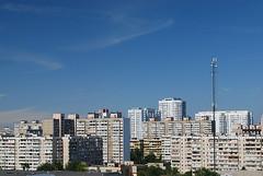 die Stadt unter dem blau Himmel (ipernity.com/doc/d-f [hat Suckr verlassen]) Tags: sky himmel wolke haus ukraine stadt kiev dach kyiv  ukraina  d60 kiew       nikond60   kijw