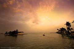 Punnamada Lake (Light and Life -Murali ) Tags: india lake race boat kerala calm getty trophy nehru alappuzha nehrutrophyboatrace vallam punnamada vallamkali chundanvallam img7894p1sc