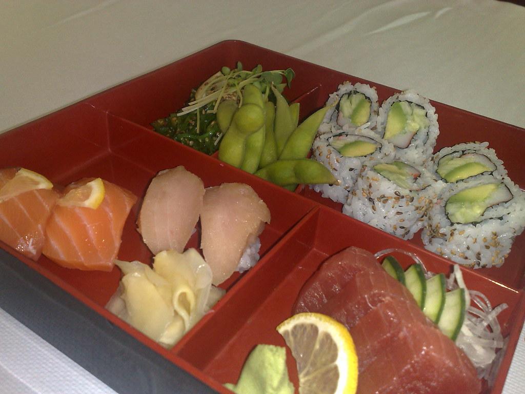 Sushi & Sashimi Bento