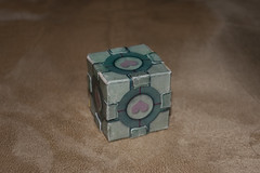 Weighted companion cube with normal flash