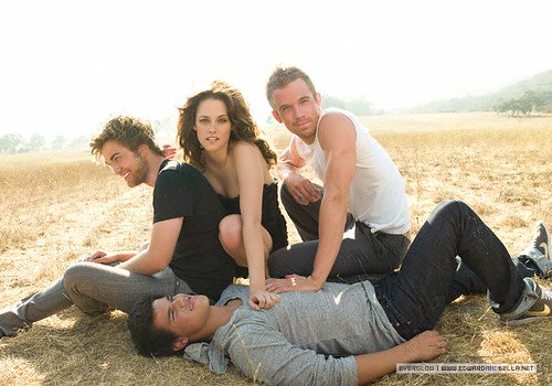 Robert Pattenson and Kristen Stewart and Cam Gigandet and Taylor Lautner