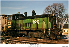 BN SW1200 199 (Robert W. Thomson) Tags: railroad train diesel railway trains bn northdakota locomotive trainengine switcher grandforks burlingtonnorthern switchengine emd sw1200 sw12 endcabswitcher fouraxel