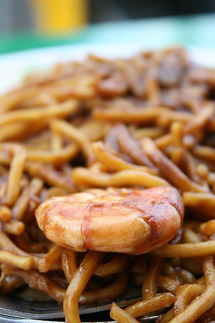 Mee goreng Thai-style