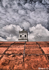 Between Heaven & Earth - Entre El Cielo y La Tierra (Bernai Velarde Photography ) Tags: roof tower church clouds america canon eos quito ecuador torre south iglesia nubes sur techo velarde 50d bernai