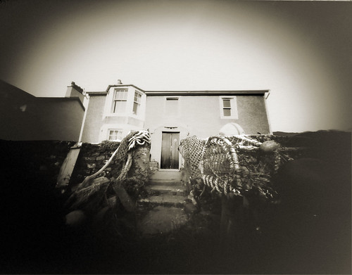 Portencross cottage pinhole 19Mar09