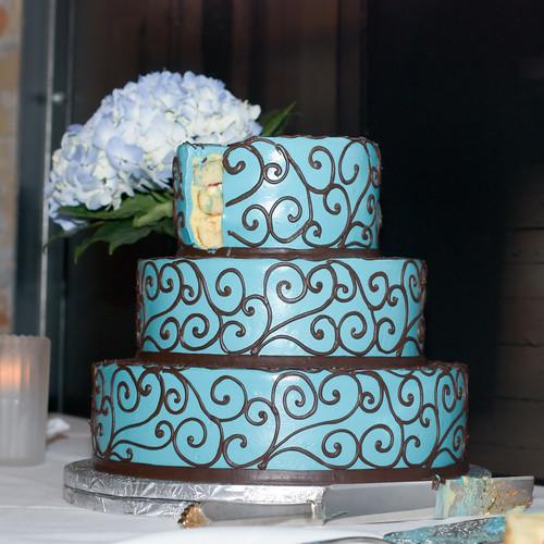 Dufflet Cake