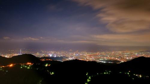大屯山夜景,好漂亮。