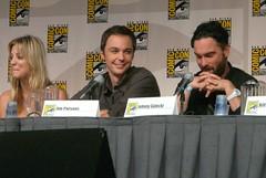 Kaley Cuoco, Jim Parsons & Johnny Galecki (Hilary_JW) Tags: sandiego comiccon sdcc kaleycuoco jimparsons johnnygalecki thebigbangtheory tbbt