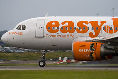 G-EZBM - Easyjet - Airbus A319-111 (A319) - Named Edinburgh - Luton - 090806 - Steven Gray - IMG_8638
