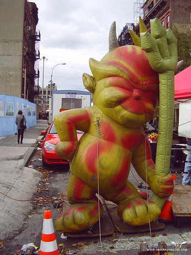 Inflatables at the Mouth of Hell('s Kitchen)