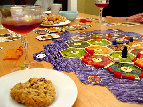 settlers, cookie, bubbly