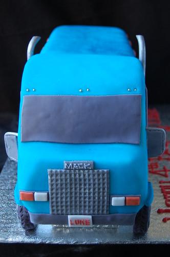 Luke's Mack Truck cake - front view