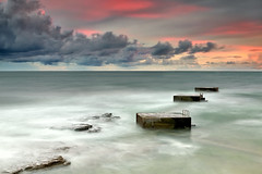 Under a Red Sky (CResende) Tags: sunset red sea sky seascape color portugal pool clouds fire cube cascais oceanpool tamariz cresende