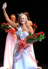 Auburn alumna crowned Miss Alabama 2011