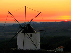 The End (Graça Vargas) Tags: sunset mill portugal d moinho malveira graçavargas ilustrarportugal ©2008graçavargasallrightsreserved 13015120511