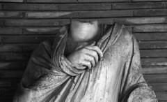 senza testa (roberto_berna) Tags: leica sculpture trix marble albania apollonia scultura senzatesta