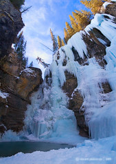 Frozen Falls (VincentPiotrowski) Tags: winter snow frozen waterfall nationalpark banff frozenwaterfall johnstoncanyon