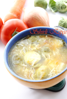 Brüksel-Lahanalı-Sebze-Çorb