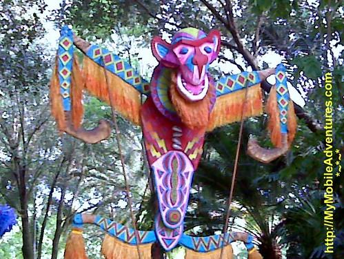 IMG01397-DAK-parade-Monkey