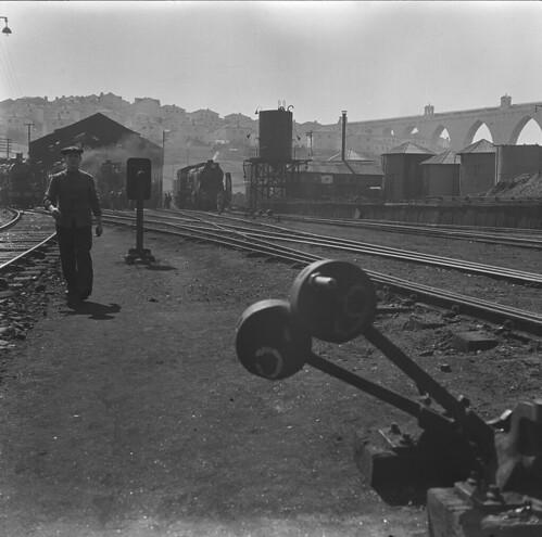 Estação de Campolide, Lisboa (M.Novais, s.d.)