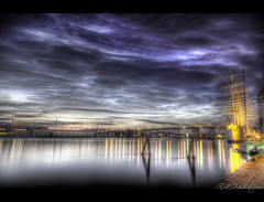 Docks of Gothenburg (mescon) Tags: longexposure night docks photoshop gteborg boat nikon sweden harbour gothenburg sigma photowalk inlet sverige approach 35 1020 hdr regal natt promenad d300 hamn photomatix flickrwalk hamnen 9xp fotopromenad flickrpromenad