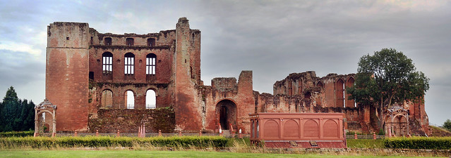 199-365 Kenilworth Castle by johngarghan, used under creative commons. Click pic for link.