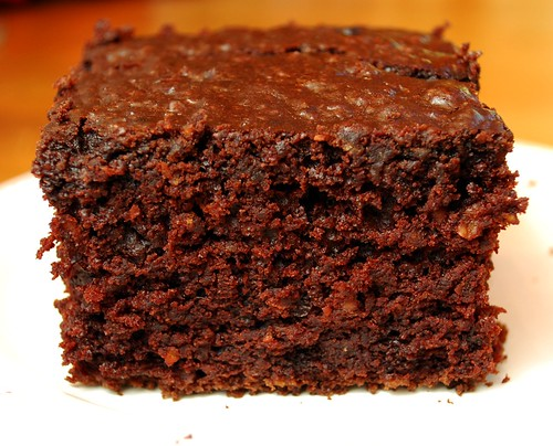 Vintage Victuals: Chocolate Oatmeal Cake
