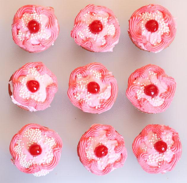 pink-cupcakes-10