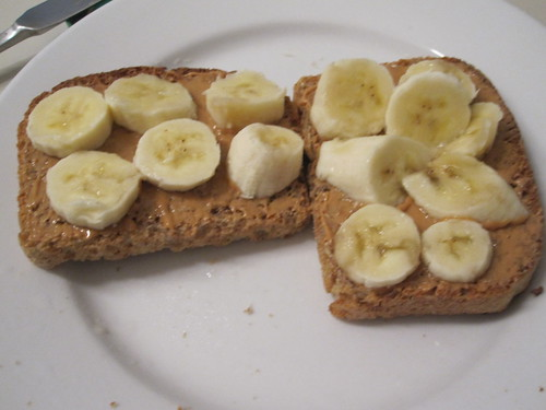 Banana and PB toasts