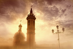 altozano (Z Snchez) Tags: light sky luz photography photo sevilla spain guadalquivir photographer seville andalucia andalusia espagne triana sevilha siviglia altozano sewilla     ineedspain zusanchez sivillaban