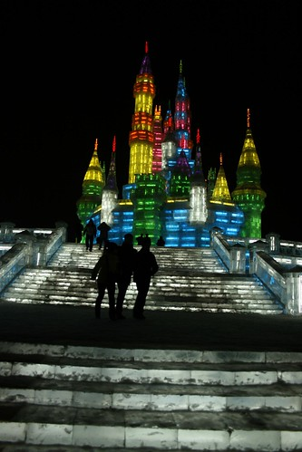Harbin Ice Festival (by niklausberger)