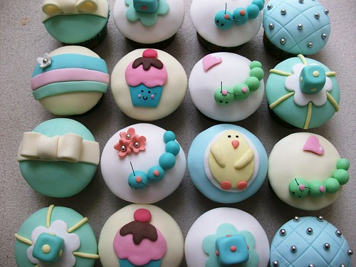 baby shower cupcakes. aby shower cupcakes