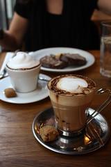 A cup of coffee shared with a friend is happiness tasted and time well spent:) (nilgun erzik) Tags: trkiye istanbul cafelatte taksim istiklal housecafe keyif fotografkraathanesi fotografca mozaikpasta baharadogru biyerlerde mart2009 pazartesigezmeleri