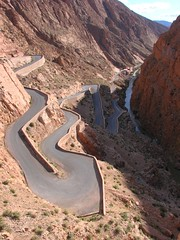 """it's a long and winding road"" (daniel.virella) Tags: morocco maroc marruecos marrocos highatlas dads valledudads hauteatlas"