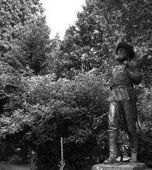 The Pioneer (BBAndersen2) Tags: blackandwhite white black green oregon nikon university o picture gimp u pioneer uofo universityoforegon d40 nikond40