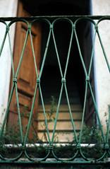 Apice 03 (Valerio Farina) Tags: 50mm earthquake ghosttown 1962 100iso terremoto zeisstessar kodakektar cittàabbandonata apicevecchio epsonv500 apicevecchia valerinho zeissikonicarex