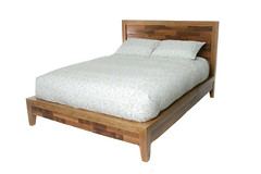 Wildale Bed