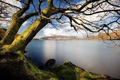 "Public Humiliation? (jasontheaker) Tags: uk lake spring district cumbria derwentwater 2009 keswick catbells ""longexposure"" ""jasontheaker"" ""landscapephotographeroftheyear"""