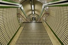 ...minding the gap... (zecaruso) Tags: uk england london subway metro tube tubestation rs londra metropolitana mindthegap inghilterra tottenhamcourt blueribbonwinner abigfave colorphotoaward supercontest nikond300 zecaruso cicciocaruso metròunderground