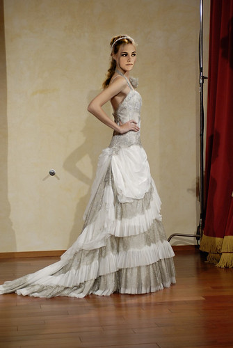 wedding gown very beautiful to the wearer and looks luxurious