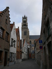 De Sint-Salvatorskathedraal vanuit de Oostmeers / The Saint Salvator's Cathedral view from Oostmeers street (eszsara) Tags: church cathedral belgium belgique brugge belgië bruges kerk kathedraal templom salvatorskathedraal katedrális saintsalvatorscathedral oostmeers sintsalvatorskathedraa