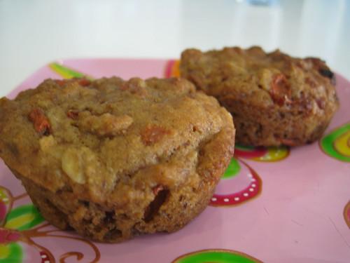 Banana Goji Muffins