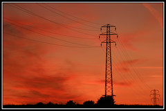 Electric sunset (SteeBoo) Tags: sunset electricity redsky pylons basingstoke oldbasing canoneos400d basingstokecommon