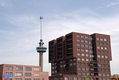 Euromast vanaf het Mullerhoofd (Miek37) Tags: netherlands architecture geotagged rotterdam architectuur euromast mullerpier mullerhoofd geo:lat=5190167697252237 geo:lon=4464148639381392