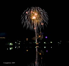 The Bonnet (jimgspokane) Tags: fireworks independenceday the4thofjuly onlythebestare excapture flickrlovers