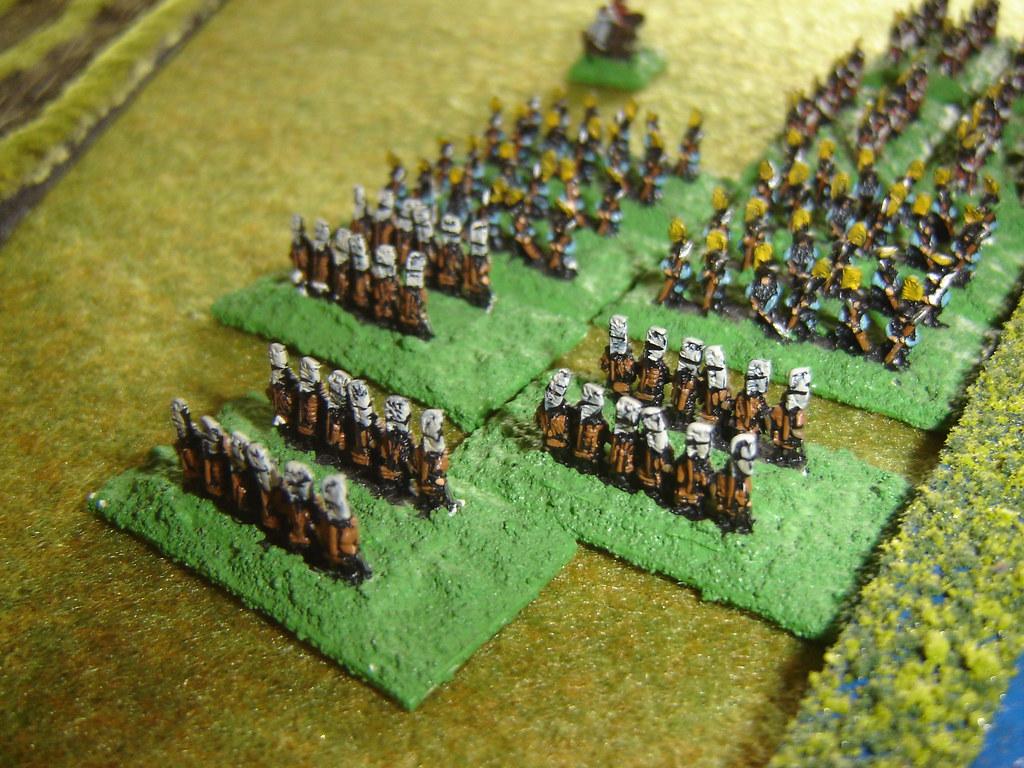 Akechi hit Kuroda Ashigaru in flank