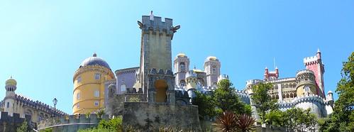 …y vista desde los pies del Palacio (ver en grande).
