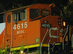 CN/BCOL 4615 (iaisrailfan) Tags: night barn cn columbia canadian national british ge 4615 m337 bcol c408m