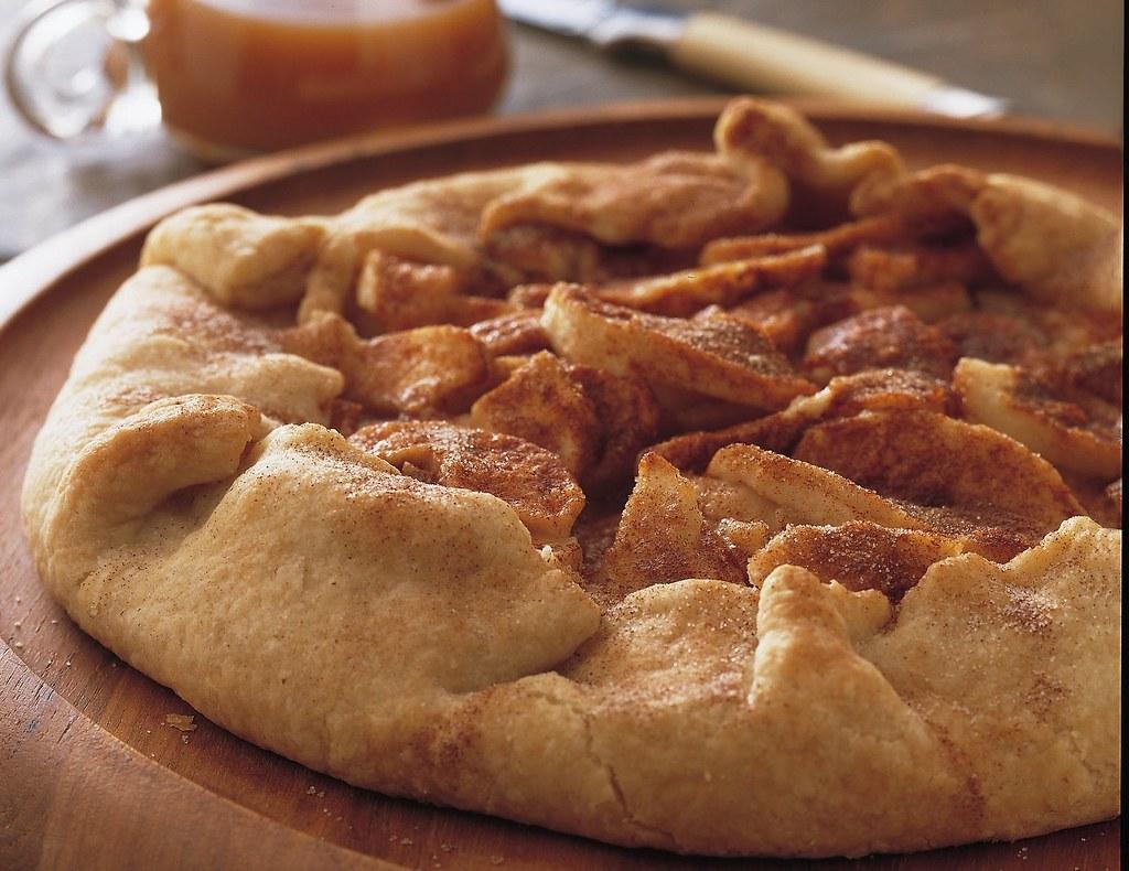 Apple Crostada With Caramel Sauce Recipe
